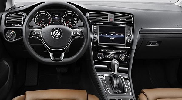 Nouvelle golf un style inimitable for Interieur golf 7